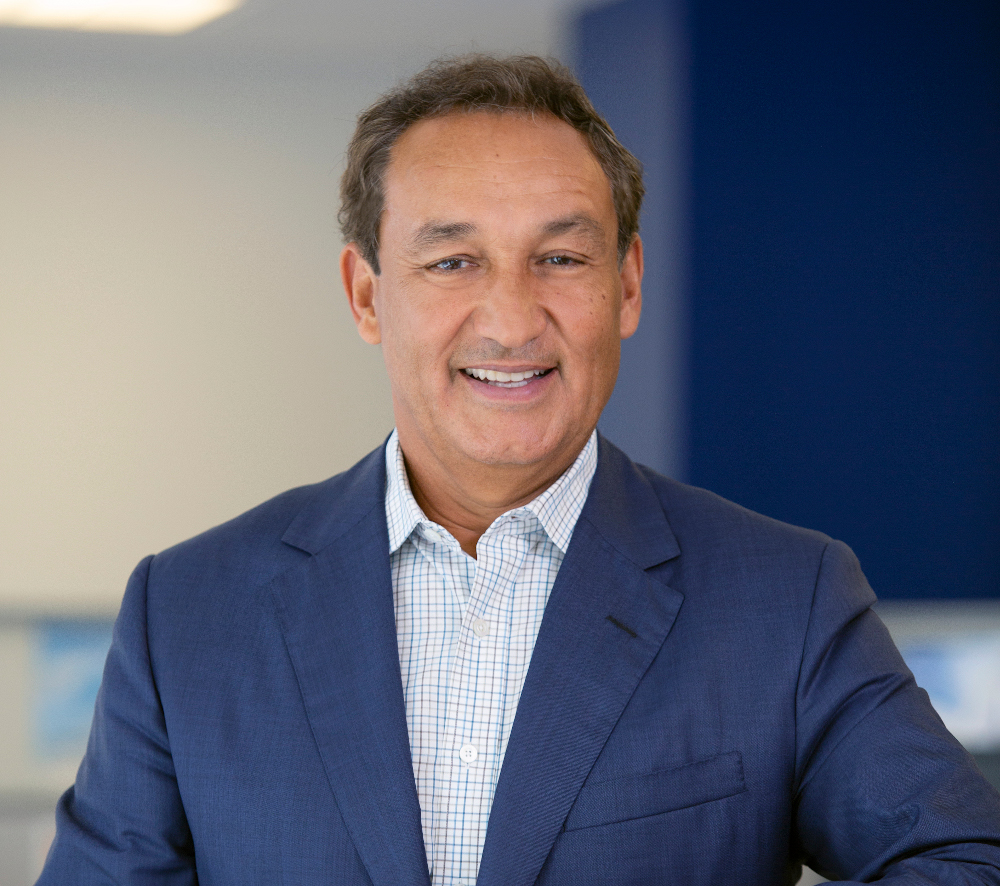 Oscar Munoz, Chief Executive Officer